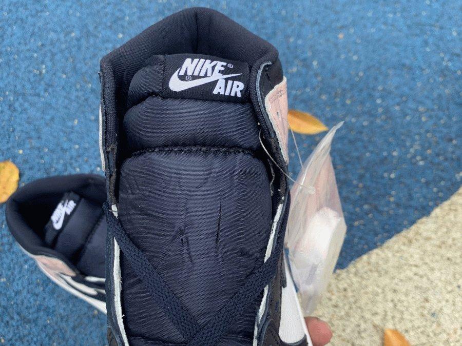 Air Jordan 1 High OG Atmosphere Bubble Gum tongue