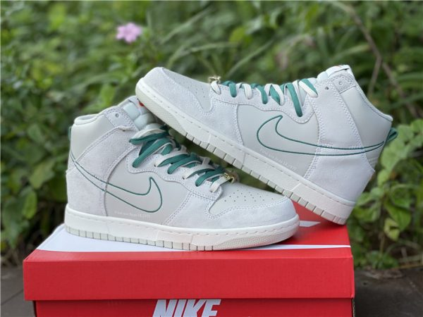Dunk High SE First Use PackGreen Noise shoes