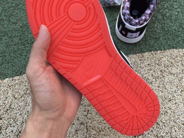 2021 Jordan 1 Low Quai 54 underfoot