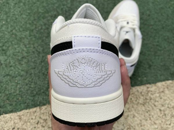 Air Jordan 1 Low Astrograbber heel